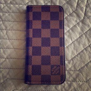 Louis Vuitton 8 phone case.